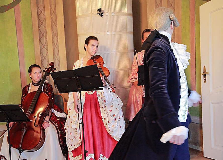 Tanzfest im Gutshaus Lichterfelde