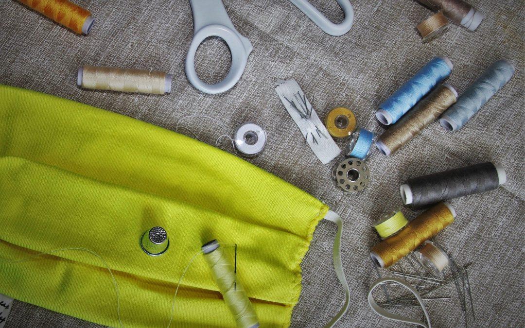 Damit Kinder nähen lernen können – neue Nähwerkstatt im KiJuNa braucht noch Nähmaschinen