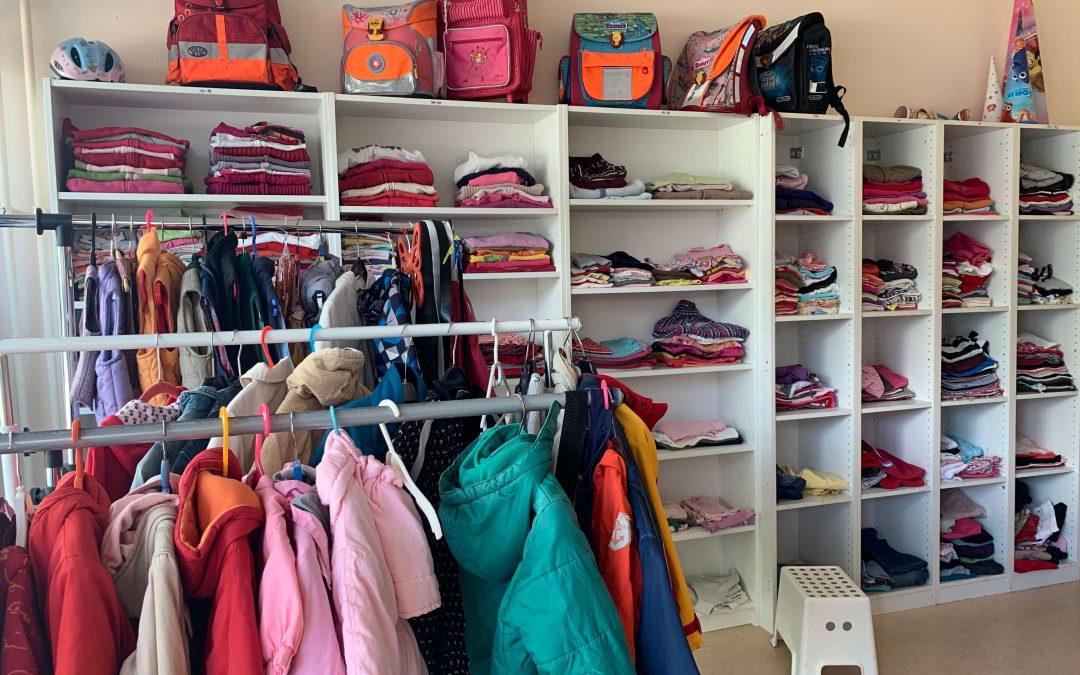 Warme Kinderkleidung ab Größe 110 gesucht